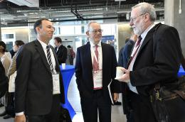 MIT President Rafael L. Reif with Bruce Tidor and Carl V. Thompson of MIT