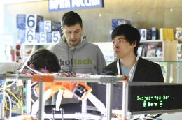 Skoltech students at the tech expo on the first day of the conference